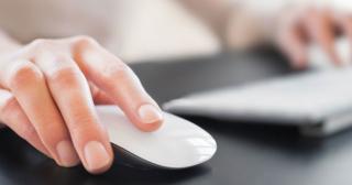 Bežné chyby bežných inzerentov počas tvorby PPC kampaní, myška a klávesnica