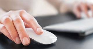 5 krokov ako získať viac konverzií pri remarketingu, myška a klávesnica