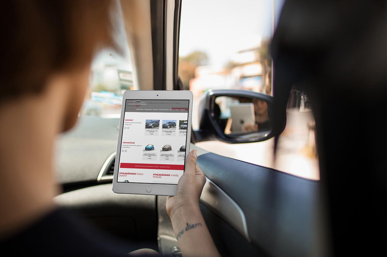 Stránka a corporate identity pre autobazár - Autowork na tablete