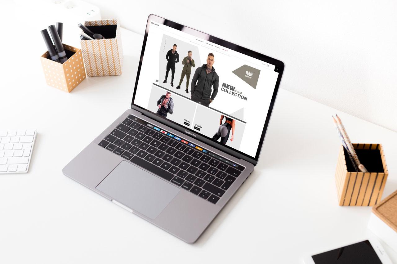 IronAesthetics - Obchod s oblečením, webová stránka na notebooku